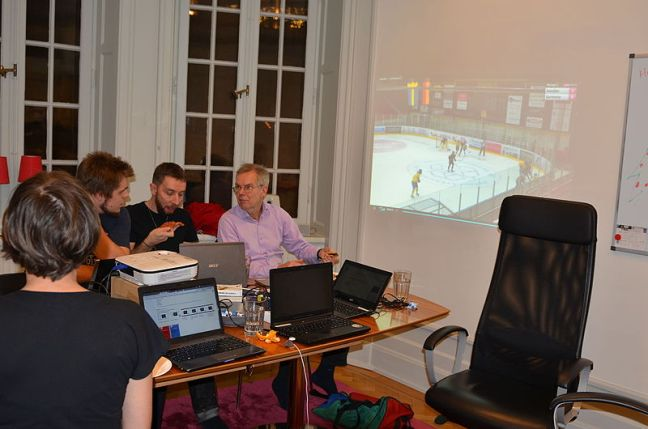 Skrivstuga_Ishockey_för_damer_2014-12-22