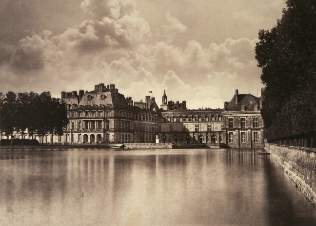 Castle_reflecting_in_the_water_-_Gustave_Le_Gray