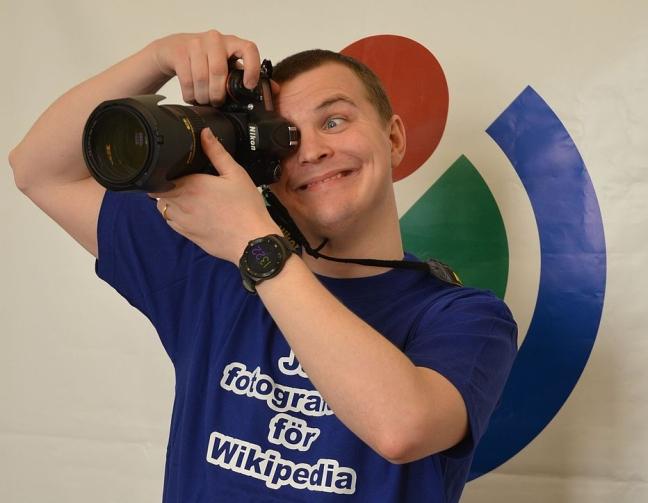 Albin_Olsson,_Jag_fotograferar_för_Wikipedia_04